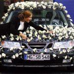 Украшение свадебных автомобилей